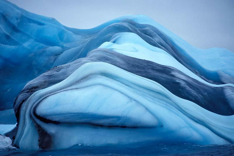 Brilliant Striped Iceberg of Antarctica, By Krabs [800x533]