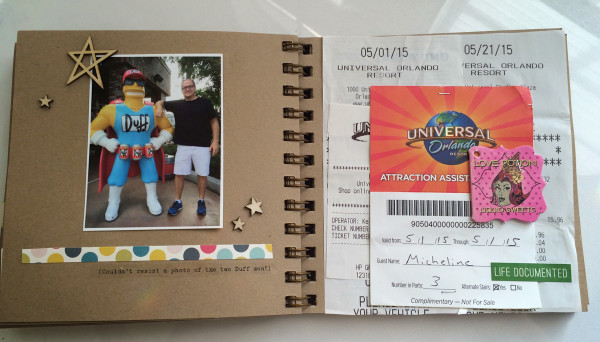 Universal Mini Scrapbook